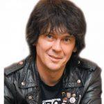 M. Robert Szymański - muzyk, absolwent Politechniki Warszawskiej. W 2009 wraz z sąsiadami wyłonił z zasobów SML-W r. pierwszą w Legionowie wspólnotę mieszkaniową w pełni zarządzaną przez właścicieli. Przewodniczący jej Zarządu.