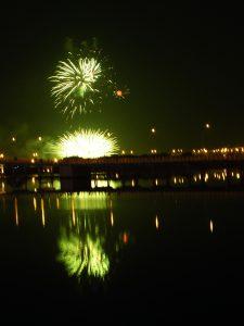 Pokazy fajerwerków w nocy z 31 grudnia na 1 stycznia nie budzą większych zachwytów