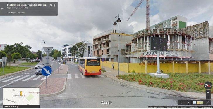 W roku 2011 inwestycja spółdzielcza przy Piłsudskiego 28 jest już w stanie zaawansowanym Fot. Google Street View